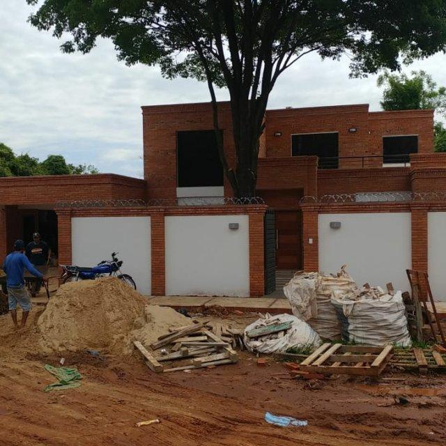 R - 340 - 627,01 M2 DE CONSTRUCCIÓN
